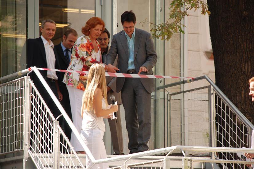 2008: Eröffnung VBS-Cafè und Innenhof